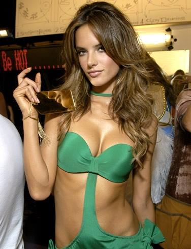 Alessandra Ambrosio, photo 3